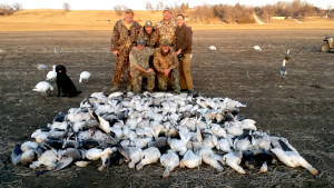 Why Every Waterfowl Hunter Should Consider a Missouri Guided Snow Goose Hunt